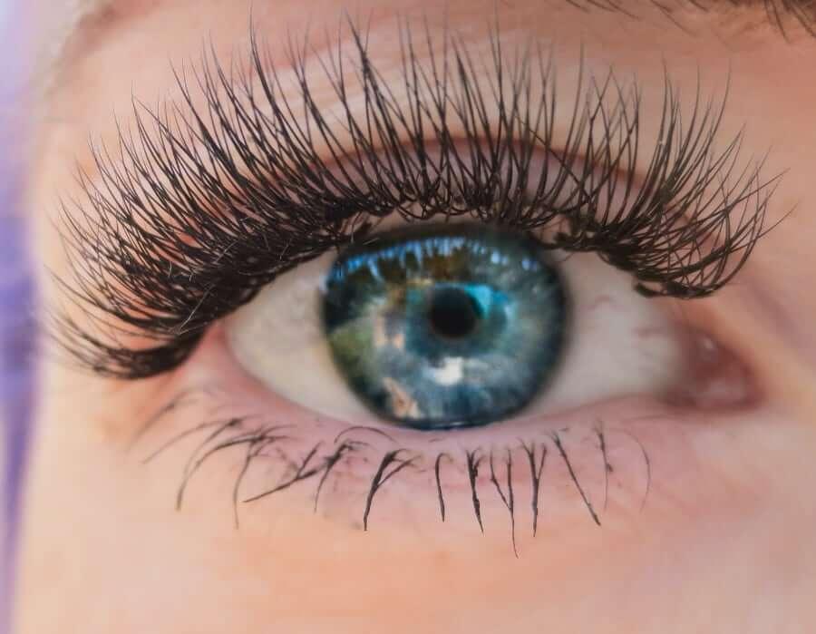 ögonfransförlängning-utbildning-volymfransar